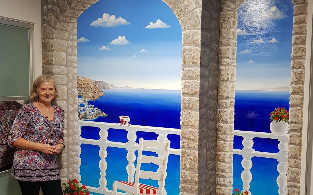 The Trompe Santorini Mural